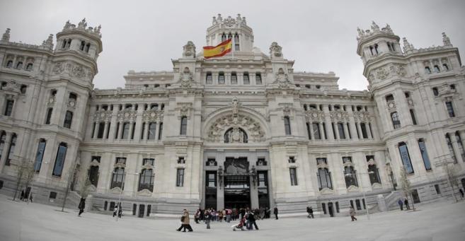 Fachada principal del Ayuntamiento de Madrid, situada en la plaza de...
