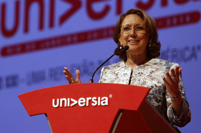 La Secretaria General Iberoamericana, Rebeca Grynspan, habla durante...