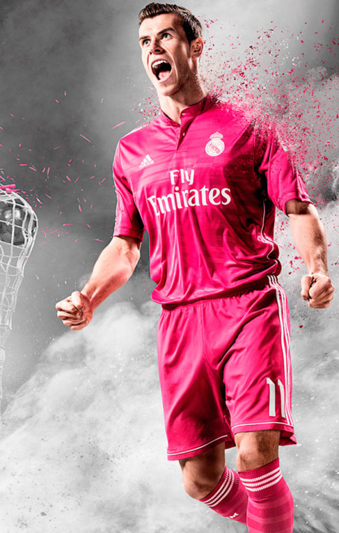 El Real Madrid estrena el fucsia ante la Roma  3b7acd15176a4