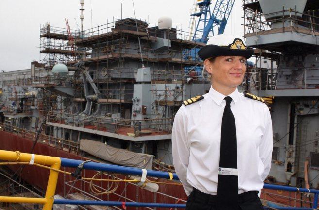 La comandante Sarah West, tras su nombramiento histórico.