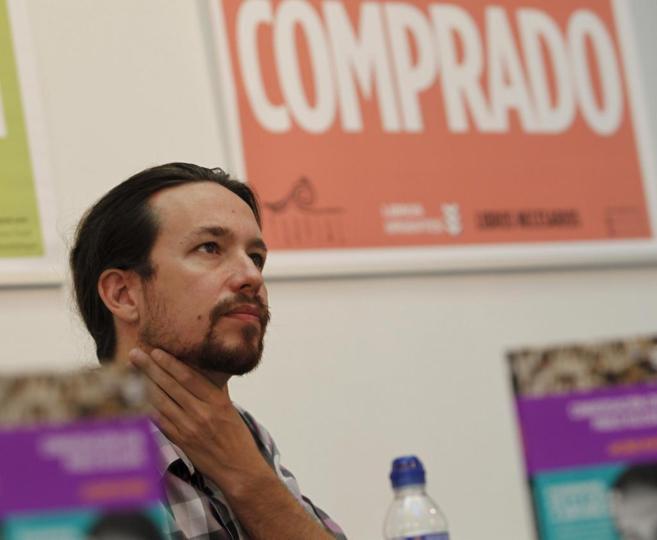 El líder de Podemos, en la presentación del libro 'Conversaciones...