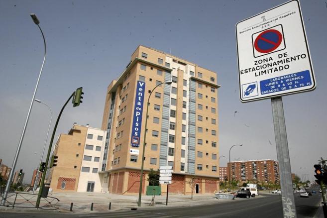Imagen de archivo de un bloque de pisos de Reyal Urbis en...