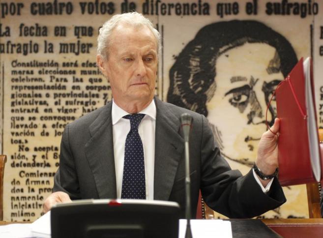 El ministro de Defensa, Pedro Morenés, durante una comparecencia en...