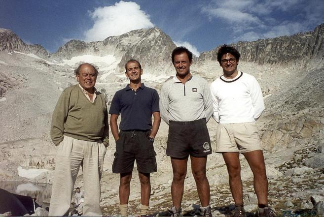 Jordi Pujol, con tres de sus hijos, Pere, Jordi y Oriol (de izqda. a...
