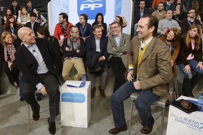 El ministro de Educación, José Ignacio Wert, y el presidente balear...