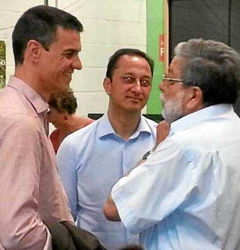 Pedro Sánchez, Alfonso Rodríguez Gómez de Celis y Francisco...