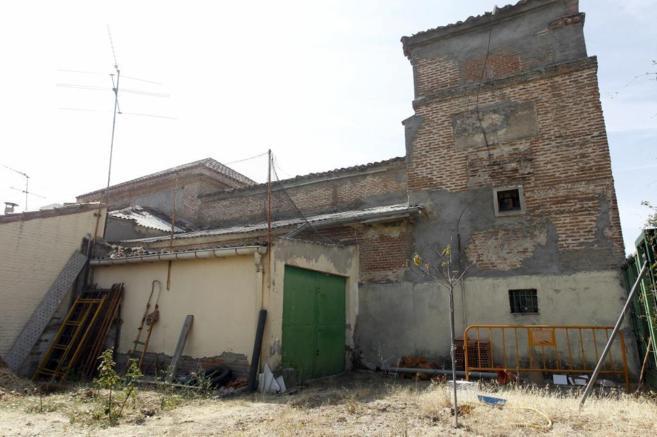 Exterior de la deteriorada Ermita de San Blas del barrio de Canillas,...
