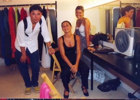 La bailaora Sara Baras junto a su hermana y Miguel Poveda