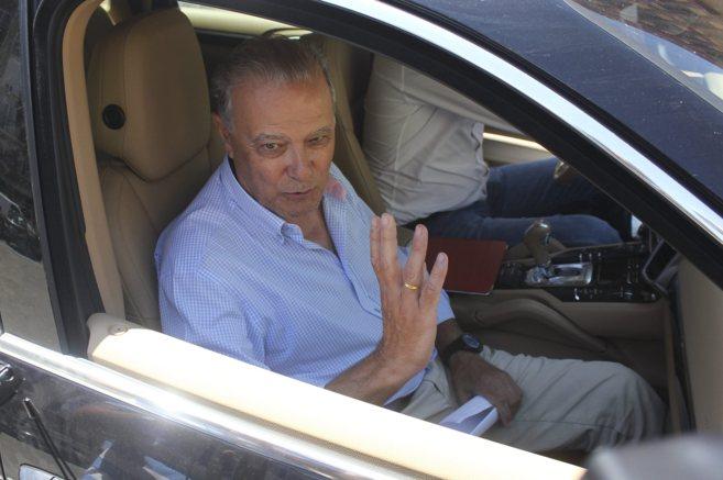 El ex consejero Ángel Ojeda, este miércoles, tras abandonar el...