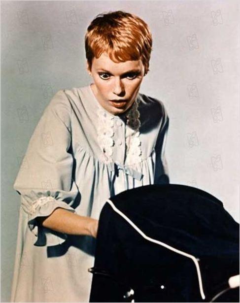 La actriz Mia Farrow en un momento de 'La semilla del...
