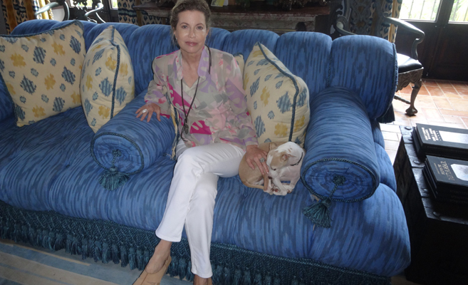 Diandra Douglas, en su residencia de S'Estaca, en Mallorca, donde...