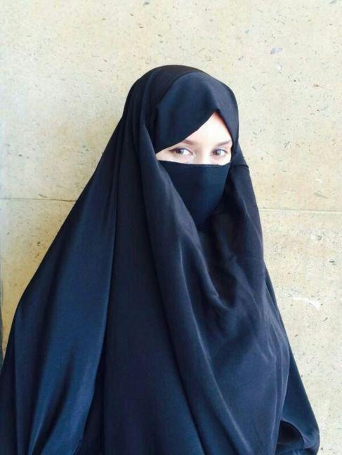La periodista Ghizlan Amjoud, la primera mujer en infiltrarse en la...