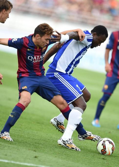 Munir pelea un balón durante el partido ante el Helsinki
