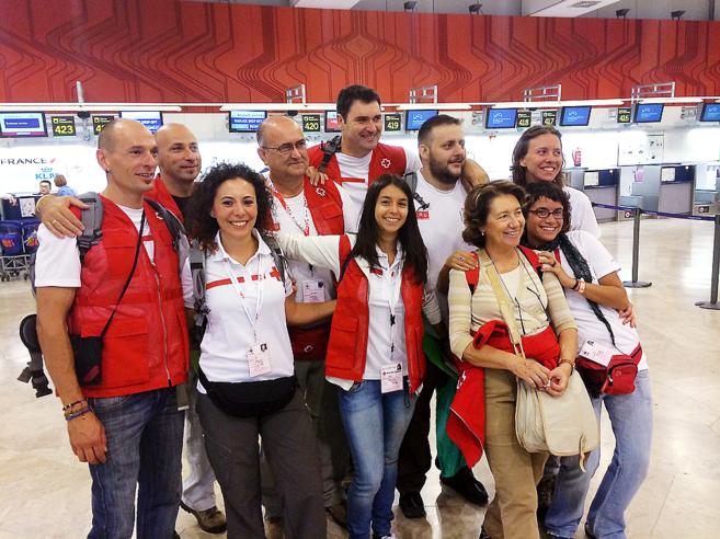 El equipo de Cruz Roja contra el brote del ébola en Sierra Leona y...