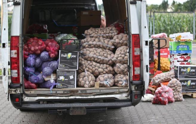 Cargamento de hortalizas en un mercado de Polonia, uno de los paises...