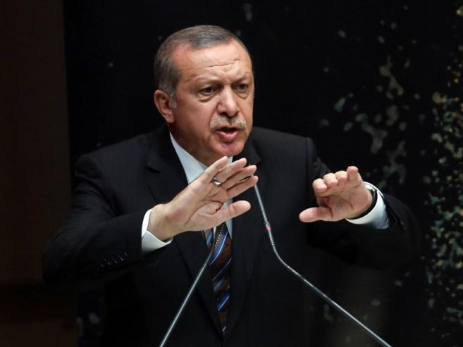 Erdogan se dirige este jueves a los miembros de su partido.