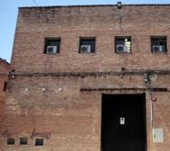 12 DE AGOSTO. El rótulo que identifica el edificio de Prescal ha sido...