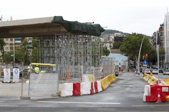 Obras en la plaza de las Glòries