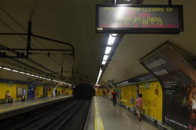 Imagen del andén de la estación de Rubén Darío.