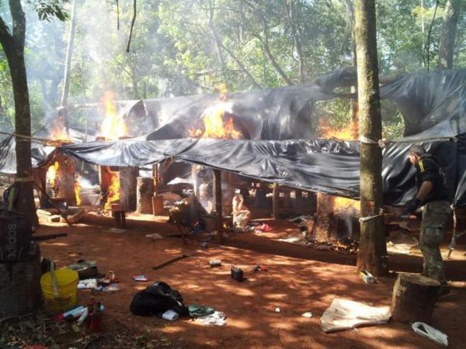 Uno de los campamentos donde se procesaba la droga.