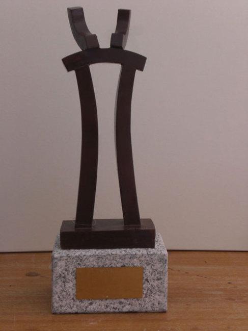 Trofeo diseñada por el hermano de José María Jiménez.