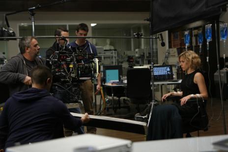 Un momento del rodaje de 'Lucy'