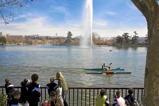 Lago de la Casa de Campo, que dejará de rellenarse con agua potable.