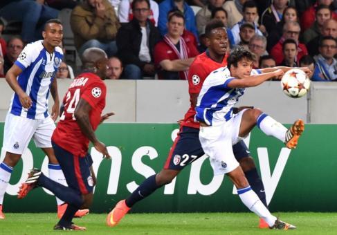 Ruben Neves, en su partido contra el Lille.