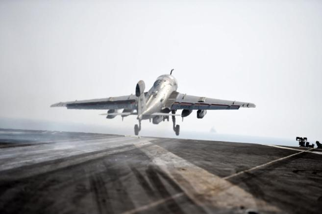 Avión de la Marina de EEUU en una operación hace días contra el...