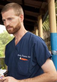 El médico estadounidense infectado de ébola Kent Brantly, en una...