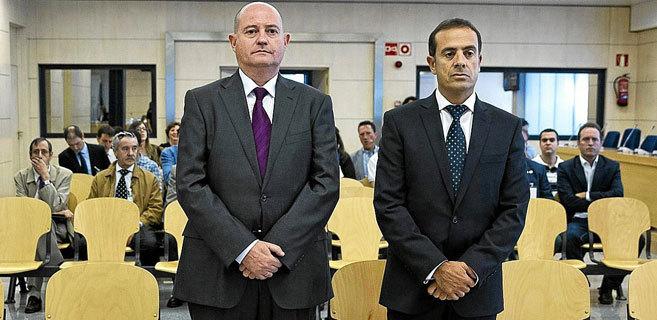 Los condenados Enrique Pamies y José María Ballesteros, durante el...