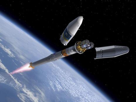 Recreación del lanzamiento de los satélites.