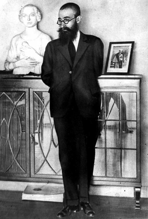 Imagen del autor en los años 1910, poco antes de su visita al frente...