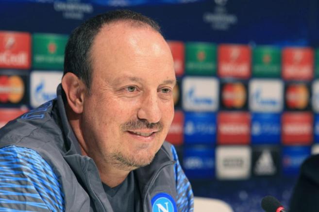 El entrenador del Nápoles, el español Rafa Benítez, en la rueda de...