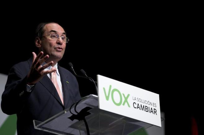 Alejo Vidal-Quadras en un mitin de Vox en valencia antes de las...