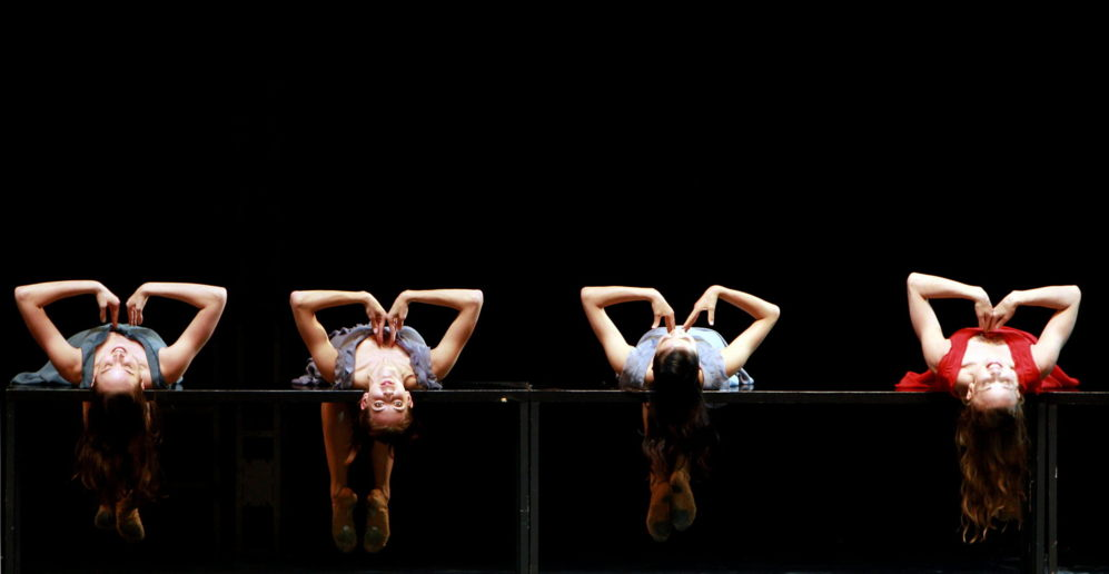 """Bailarines del Ballett Zürich realizan un ensayo de la obra """"Romeo y..."""