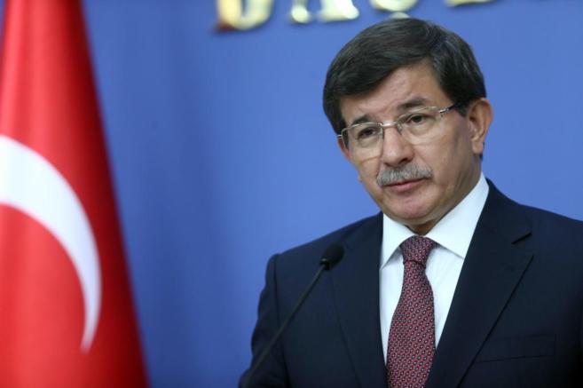 Ahmet Davutoglu anuncia el nuevo Ejecutivo en Ankara.