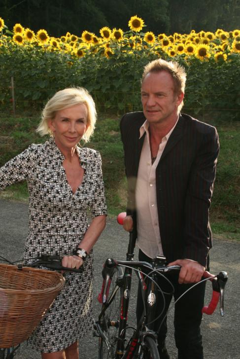 El cantante Sting y su mujer, Trudie Styler, ofrecen la posibilidad de...