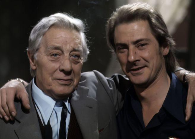 Daniel Dicenta (dcha.) junto a su padre, el también actor Manuel...