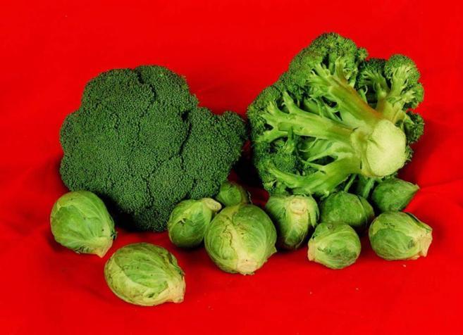 Especialistas en nutrición recomiendan comer frutas y verduras...