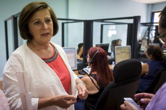 La consejera de Salud, María José Sánchez Rubio, en una visita al...
