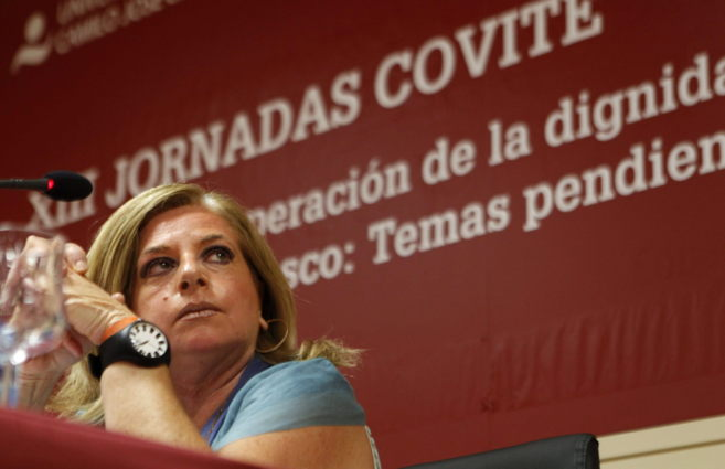 La presidenta de la Asociación de Víctimas del Terrorismo del País...