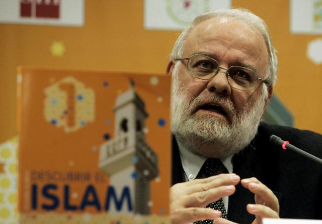 Riay Tatary, presidente de la Unión de Comunidades Islámicas de...
