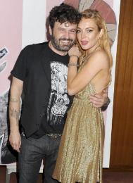 Set' Se 'jet Hollywood De Moda Artista La Rinde Al En Español MUpVSz