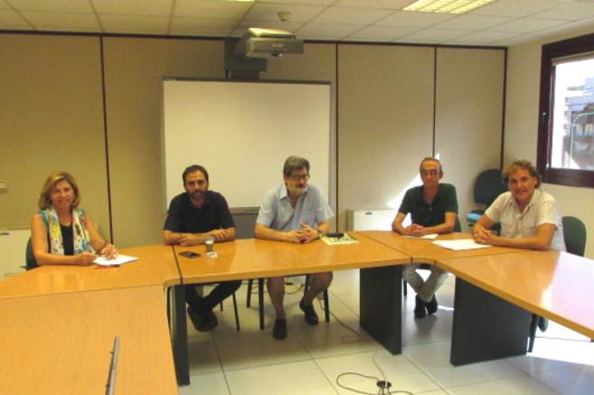 Reunión con el comité de huelga de los centros educativos públicos.