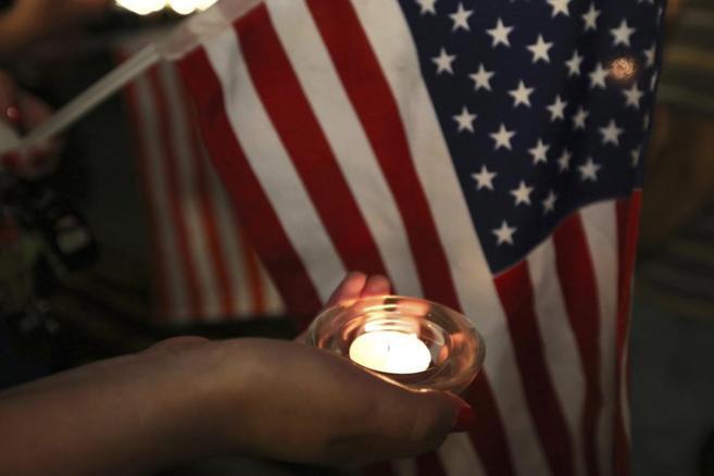 Vigilia en memoria del periodista asesinado por el IS, Steven Sotloff.