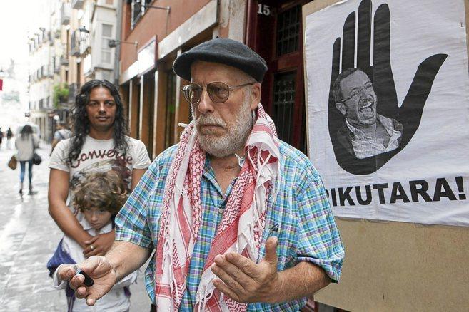 El portavoz de SOS Racismo Álava Fede García.