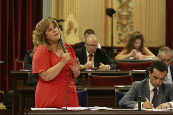 La consellera de Educación, Cultura y Universidades, Joana Maria...