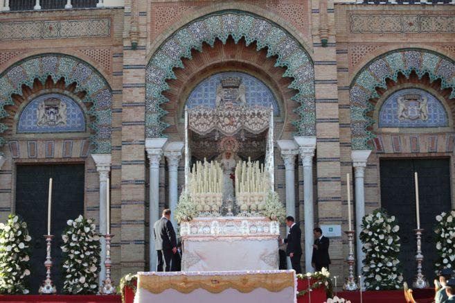 La Virgen de la Paz en la plaza de América, este sábado en el 75...