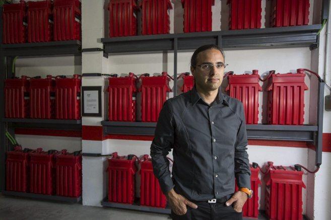 El cofundador de Wattia Innova, Franc Comino, en las instalaciones del...